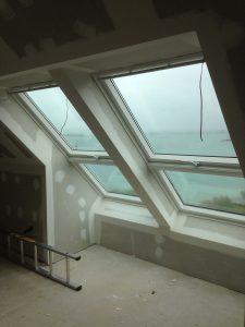 magnifiques fenêtres avec vue mer sur la côté nord