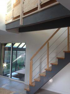 escalier droit dans une maison de landerneau
