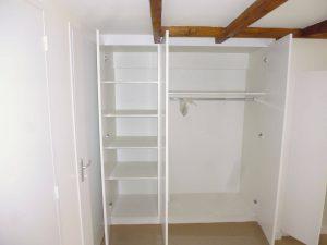 construction d'un dressing sûr-mesure pour un appartement à brest