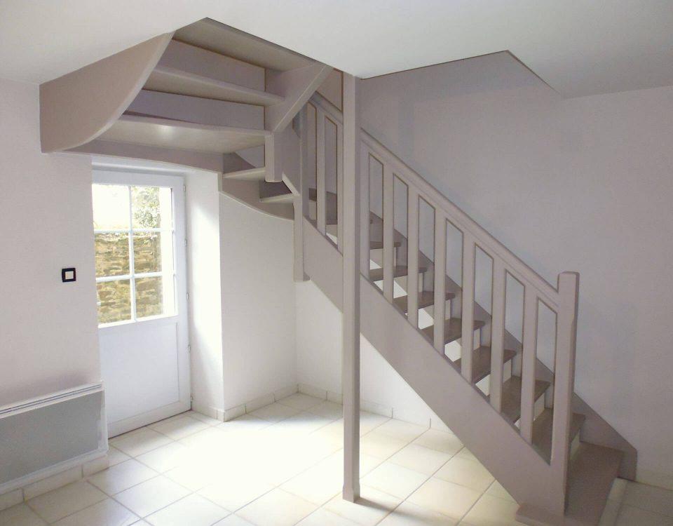 escalier tournant avec poteau portant à plougastel